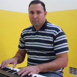 Music teacher Ricardo